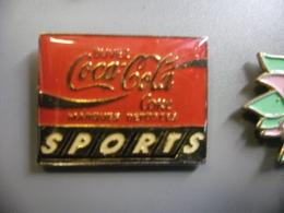 Pin's COCA COLA SPORTS Buvez Coke @ PINS 25 Mm X 20 Mm - Coca-Cola
