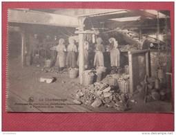 CHARBONNAGE - BELGIQUE -  Nettoyage Du Charbon Sur Plateformes Tournantes à L'intérieur D'un Triage - Mijnen
