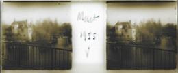 Plaque De Verre Stéréoscopique Positive - Année 1955 - Moret Sur Loing - Maison Construite Sur Le Loing - Plaques De Verre