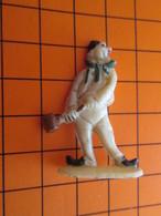 319c Figurine Publicitaire Années 50/60 CIRQUE NADI CLOWN AUGUSTE , Ronde-bosse , Plastique Dur Couleur Ivoire - Figurines