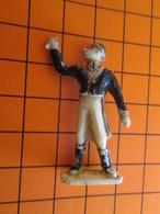 319c Figurine Publicitaire Années 50/60 CIRQUE NADI MONSIEUR LOYAL , Ronde-bosse , Plastique Dur Couleur Ivoire - Figurines