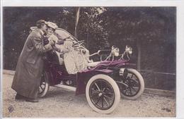 Cpa / Carte Photo-automobile-amoureux -de Dion Bouton ? - Voitures De Tourisme