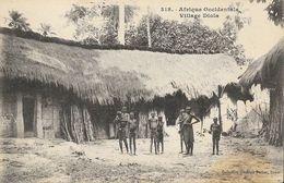 Afrique Occidentale Française - Village Diola, Cases - Collection Fortier, Dakar - Carte N° 318 Non Circulée - Afrique