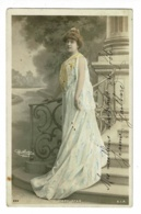 Mary Star (artiste) - Belle Femme Descendant Les Marches D'un Escalier (décor, Robe Peinte) Reutlinger - Circ, Précurseu - Artisti