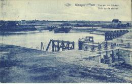 Nieuport - L' Yser -- Vue Sur Les  Ecluses.       (2 Scans) - Nieuwpoort