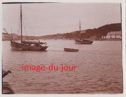 Photo Ancienne  AUDIERNE LE PORT BATEAU DE PÊCHE - Lieux