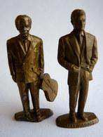 Lot 2 Figurines FIGURINE PUBLICITAIRE MOKALUX - CELEBRITES - JEAN MARAIS (2) + GEORGES BRASSENS Défectueux - Figurines
