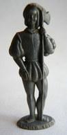 FIGURINE PUBLICITAIRE MOKAREX - COSTUMES MILITAIRES - ARCHER 1520 - Figurines