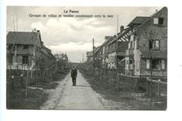 La Panne - Groupe De Villas Et Sentier Conduisant Vers La Mer / Coppon - De Panne
