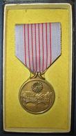 Médaille Commémorative Des 2600 Ans Du Japon 1940 WW2+Boite - Médailles & Décorations