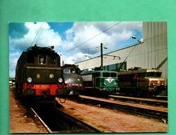 Chemin De Fer Train Locomotive Depot De Paris Sud Ouest Avec Locomotives - Trains