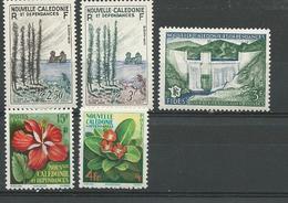 NOUVELLE CALÉDONIE Scott 300-301, 303-305 Yvert  284-285, 287-289 (5) * Cote 15,60 $ 1955-8 - Neufs