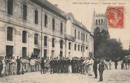 """27 - BEC HELLOUIN - L' Arrivée Des """"Bleus"""" - France"""