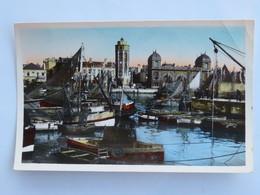 Carte Postale : 59 DUNKERQUE : Le Leughenaer, La Cale Des Pêcheurs, Timbre En 1958 - Dunkerque