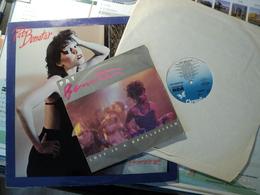 PAT BENATAR. LOT D UN 33 TOURS ET D UN 45 TOURS. 1979 / 1984 LOVE IS A BATTLEFIELD / HELL IS FOR CHILDREN - Autres - Musique Française