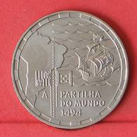 PORTUGAL 200 ESCUDOS 1994 -    KM# 672 - (Nº10925) - Portugal