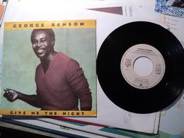 45 TOURS GEORGE BENSON. 1980. GIVE ME THE NIGHT / DINORAH DINORAH. WEA 17 653 QUINCY JONES. - Blues