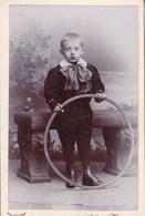 TOURNAI  Enfant Jeu Photo CDV Par Van Den CRUYS Vers 1890-1900 - Photos