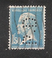 Perforé/perfin/lochung France No 181  P.D  Pneumatiques Dunlop - Frankreich