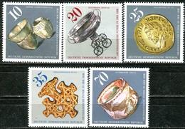 DDR - Mi 2182 / 2186 - ** Postfrisch (B) - Archäologische Funde - [6] Oost-Duitsland