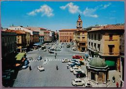 RIMINI - PIAZZA TRE MARTIRI - Auto Many Old Cars Fiat VW Alfa Romeo Dyane Prinz  Vg - Rimini
