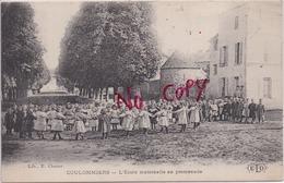 77 COULOMMIERS - L'École Maternelle En Promenade - Lib. E. Clozier-  ELD - Très Animée, Ronde D'enfants - 2 Scans - Coulommiers