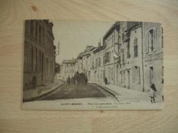 Saint Mihiel Une Rue Pavoisee - Saint Mihiel