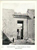4PN 934 - HAUTE EGYPTE - PORTE D'ENTREE DU TEMPLE MEDINET ABOUT - Egypte