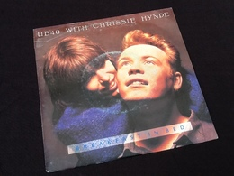 Vinyle 45 Tours UB 40 With Chrissie Hynde A Breakfast In Bed (1988) - Vinyles