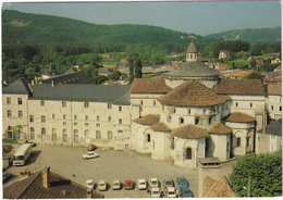 Souillac: RENAULT 16,15,5,4, CITROËN CX, GS, DS, SIMCA 1307, 1100, PEUGEOT 204, AUTOBUS - L'Abbatiale - (Lot) - Toerisme