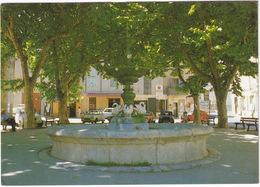 Velaux: RENAULT 4, 5 TURBO, CITROËN AMI 8, 2CV - Le Cours - (B.-du-R.) - Toerisme
