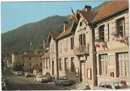 Erce: SIMCA 1000, 1100, RENAULT 10, DAUPHINE, 4 - L'Hotel De Ville - (Ariège) - Toerisme