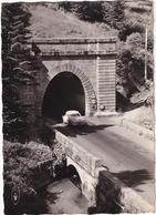 Lioran: RENAULT FRÉGATE - Tunnel Routier, 1172.m. Longueur: 1400 M. - Cantal - (1960) - Toerisme
