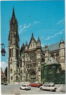 Senlis: AUSTIN MINI, CITROËN AMI 6, GS, AUDI 100, RENAULT 4, 4-COMBI - La Cathédrale, La Facade - (Oise) - Toerisme