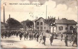 90 BELFORT - Sortie Des Ouvriers De La Société Alsacienne (pli Haut Gauche) - Belfort - Ville