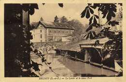 BRUBOY  Le Lavoir Et Le Vieux Pont  RV Beaux Timbres 50C + 1F50 (Arc De Triomphe) - Brunoy