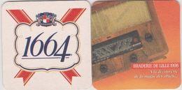 Sous Bock De Biere Commémoratif BRADERIE DE LILLE   ; Brasserie 1664 Kronenbourg 1998 - Sous-bocks