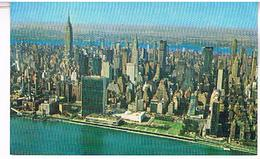 NEW YORK  CITY   UITED  NATIONS  BUILDING  WITH  EAST  RIVER   TBE  US 347 - Chrysler Building