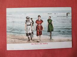 Female Bathing Suit  Sea Shore  Ref 3231 - Fashion