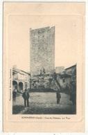 30 - Sommières - Cour Du Château - La Tour - Sommières