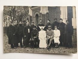 Photo Ak Soeurs Et Soldats Blessee Francais Uniform Zouave Foto Ed Georgeon Villiers-s/ Marne - Guerra 1914-18
