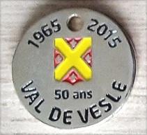 Jeton De Caddie  Ville, Département, 1965 - 2015  50  Ans  VAL  DE  VESLE  ( 51 ) - Jetons De Caddies