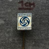 Badge Pin ZN008179 - Automobile (Car) / Autobus / Truck (Lastkraftwagen / Kamion) / Tractor (Traktor) British Leyland - Andere