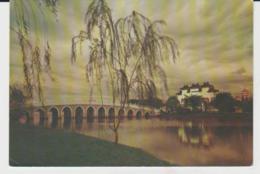 Postcard - Chinese Garden - Night View Of Yu Hwa Yuan Jurong Town, Singapore  - Unused Very Good - Cartes Postales