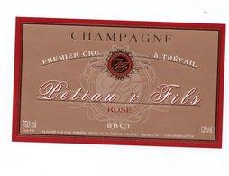 "Etiquette De Champagne     ""   Petiau   & F - Champagne"