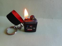 EXTRA MINI BRIQUET LIGHTER Feuerzeug ENCENDEDOR ACCENDINO AANSTEKER 打火机  Léttari Ljusare  αναπτήρας Sytytin Vžigalnik - Briquets