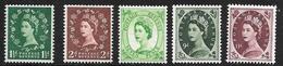 Great Britain Scott   319 // 330 Mint NH VF+   CV $ 69.00 - 1952-.... (Elizabeth II)