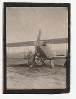 L'ECOLE MILITAIRE DE SAINT CYR - PILOTE AVEC SON AVION - 1927  - 78 - Guerre, Militaire