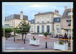 14  COURSEULLES  Sur  MER  ... L  Ancienne   Gare Transformee En Cinema - Courseulles-sur-Mer