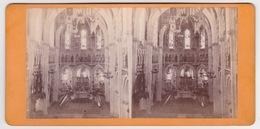 Stereoscopische Kaart.  :LOURDES.  1877.  Intérieur De La Basiique  De Lourdes. - Cartes Stéréoscopiques